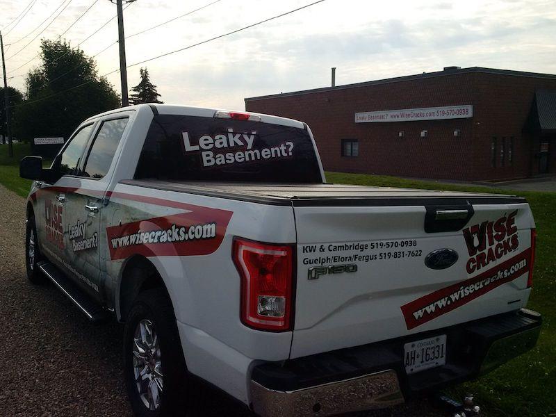 wise cracks truck